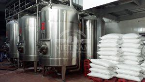 Rượu Yên Tử được sản xuất theo quy trình đạt chuẩn an toàn thực phẩm